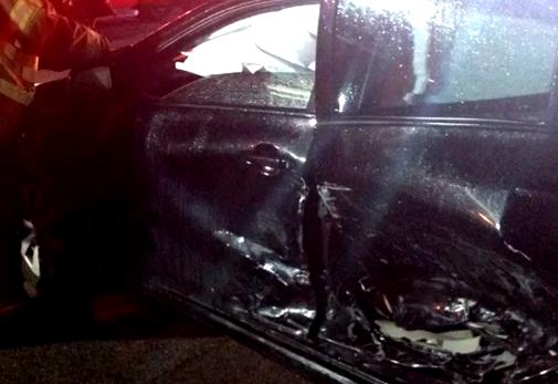 File:Black car.png