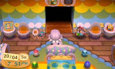 File:Matsu watches an egg TV.jpg