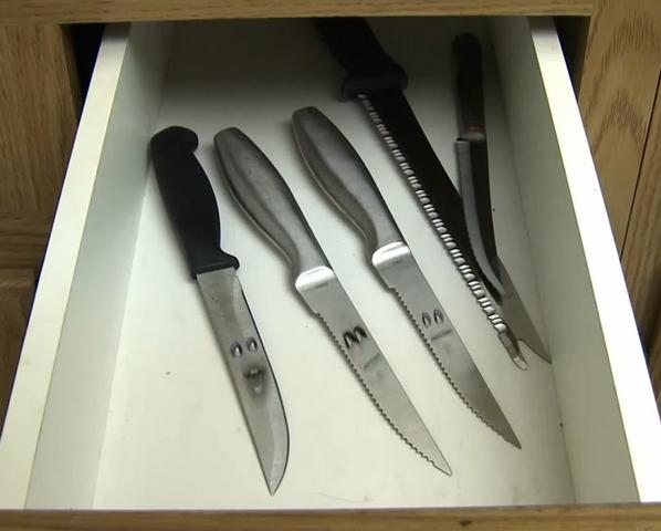 File:Sharpestknives.png
