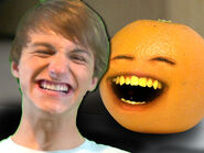 Annoying Orange VS Fred