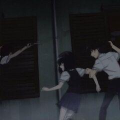 Yumi tries to slash Mei.