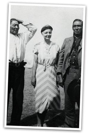 File:Ruth Benedict with Blackfoot men.jpg