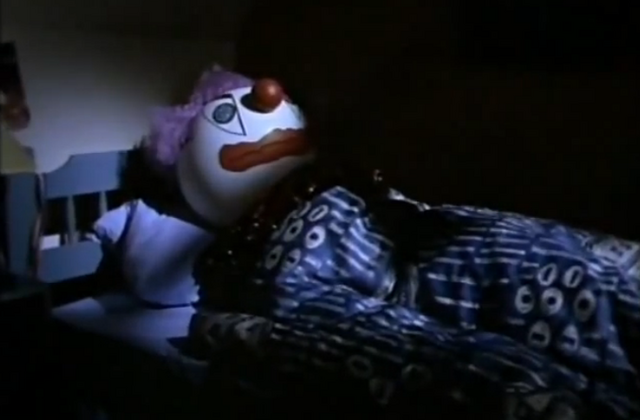 File:25crimclowninmikesbed.png