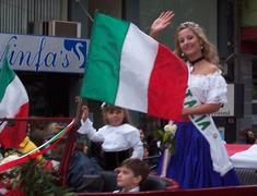 Reina de Italia - fiesta del inmigrante - Obera