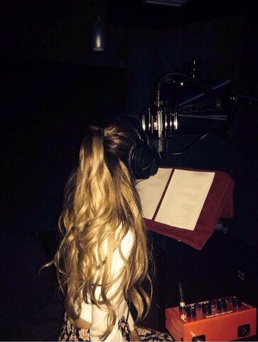 File:Ariana in the studio 2014.jpg