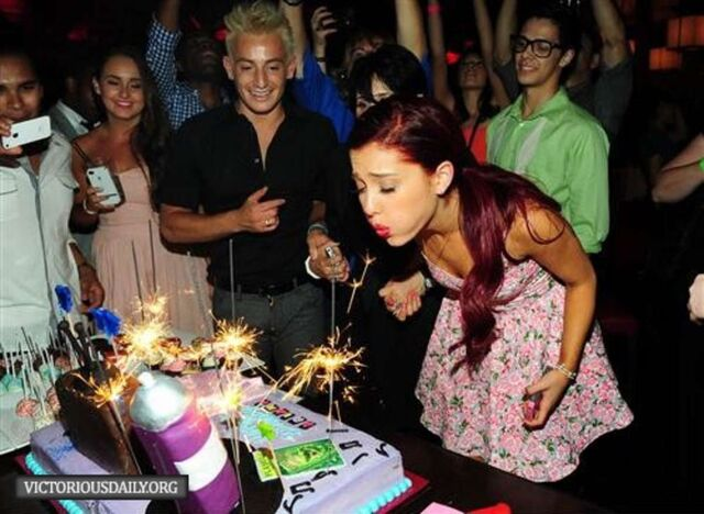 File:Ariana 19th birthday picture 2.jpg