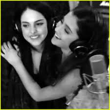 File:Ariana and Liz singing.jpg