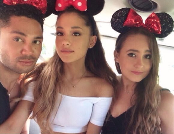 File:Alexa, isaac, & ari with mickey mouse ears.png