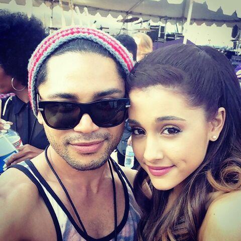 File:Isaac & Ariana at Wango Tango.jpg