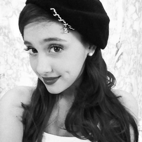 File:Ariana october 19, 2011.jpg