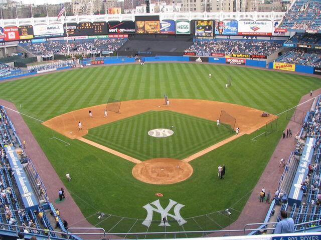 File:Yankee Stadium-1195689606-296.jpg