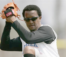 File:Pedromartinez.jpg