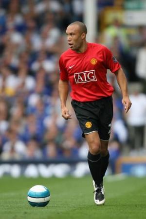 File:Player profile Mikael Silvestre.jpg