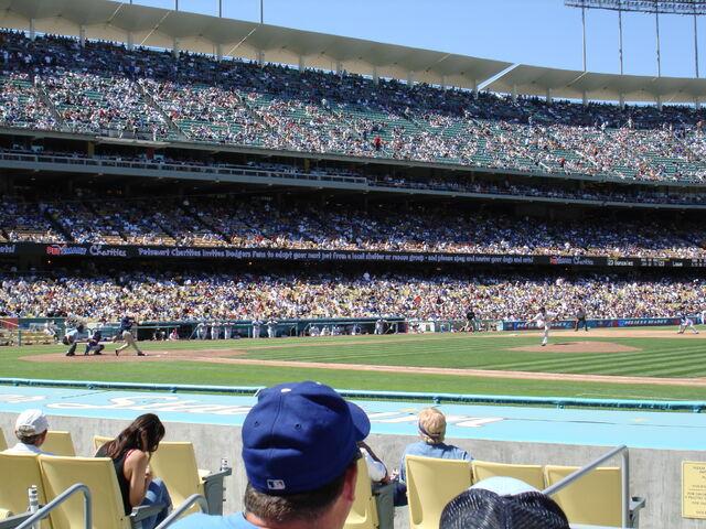File:Dodger Stadium-1195663703-480.jpg
