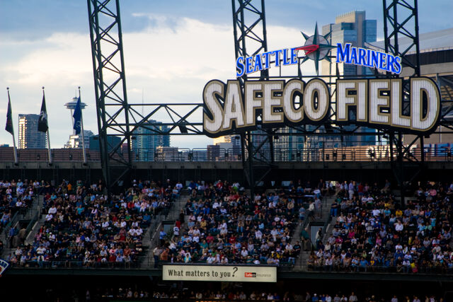 File:Safeco Field-1195606468-823.jpg