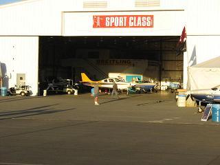 File:Sport Class Pits.JPG