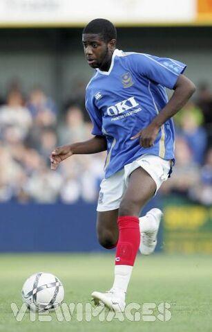File:Player profile Arnold Mvuemba.jpg
