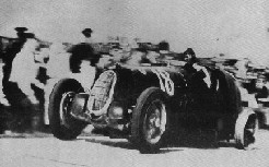 File:Nuvolari3Wheels.jpg