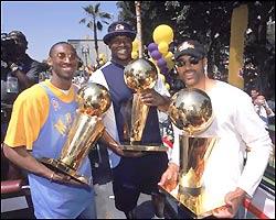 File:Lakers3ships.jpg