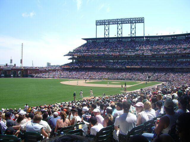 File:Oakland Athletics-1199768503-627.jpg
