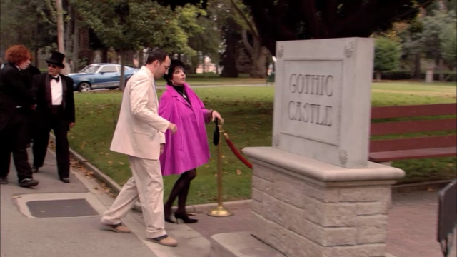 File:1x09 Storming the Castle (51).png