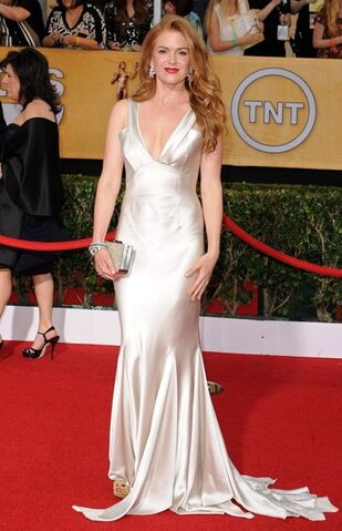 File:2014 SAG Awards - Isla Fisher 03.jpg