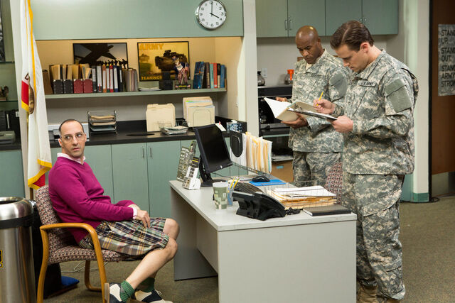File:4x14 - Buster Bluth and Army 01.jpg
