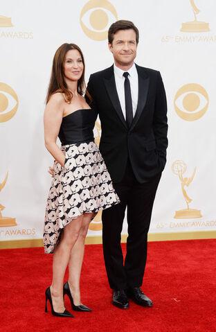 File:2013 Emmys Jason-2.jpg
