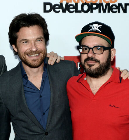 File:2013 Netflix S4 Premiere - Jason and David 01.jpg