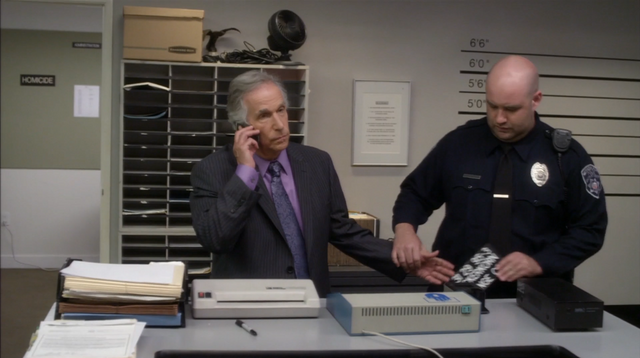 File:4x04 The B. Team (039).png