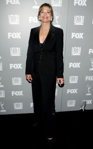 File:2006 Primetime Emmy Party - Jessica Walter 02.jpg