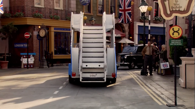 File:3x02 For British Eyes Only (35).png
