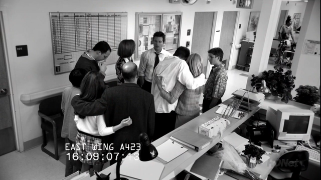 File:1x22 Let 'Em Eat Cake (90).png
