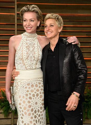File:2014 Academy Awards Vanity Fair - Portia and Ellen 01.jpg