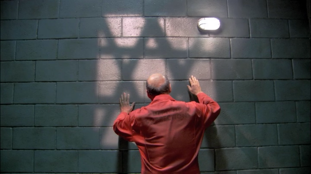 File:1x09 Storming the Castle (25).png