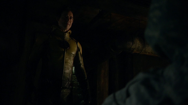 File:Eobard gives Eiling to Grodd.png
