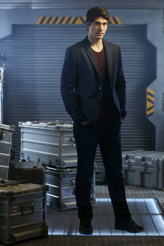 File:DC's Legends of Tomorrow - Ray Palmer character portrait.png