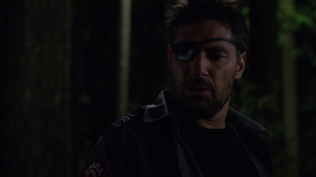 File:Slade subdues Oliver and Thea.png