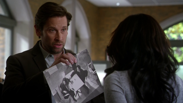 File:Mason showing an image of what occurred during the CC Jitters shooting to Iris.png