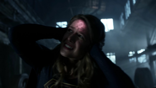 File:Supergirl being controlled by the Dominators.png