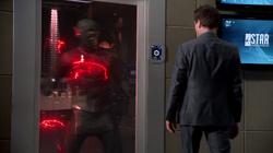 Hunter Zolomon as Thawne's prisoner