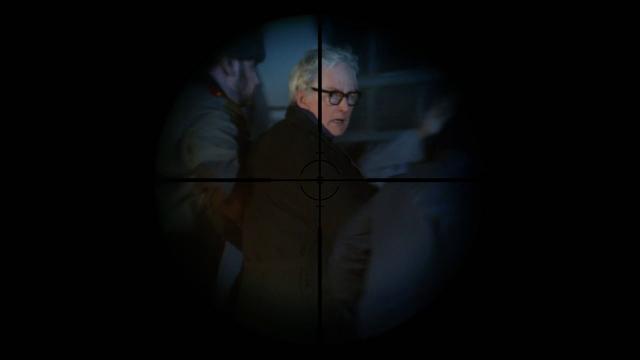 File:Martin Stein in Sara Lance's crosshair.png
