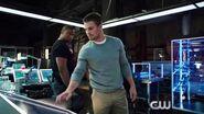 Arrow - Episode 3x04 The Magician Sneak Peek 1 (HD)