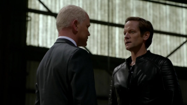 File:Eobard allies with Damien.png