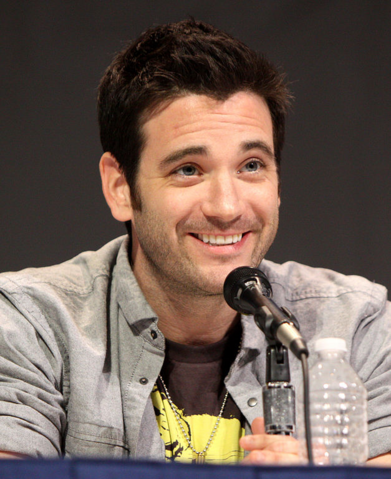 File:Colin Donnell.png