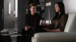 Lillian comes to see Lena