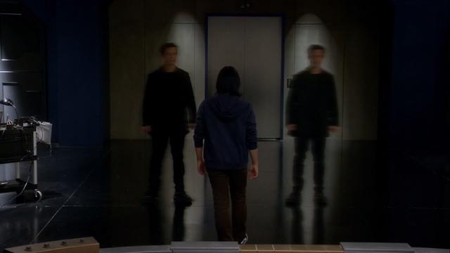 File:Cisco learns Harrison Wells' true identity.png