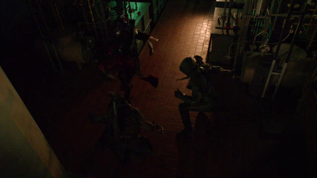 File:Oliver, Nyssa and Malcolm fight.png