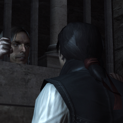 Giovanni vertelt Ezio over de kist.
