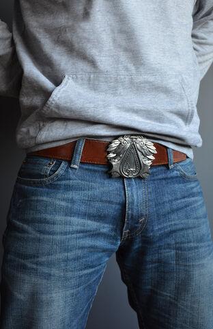 File:Assassins-Creed-belt-buckle-2.jpg